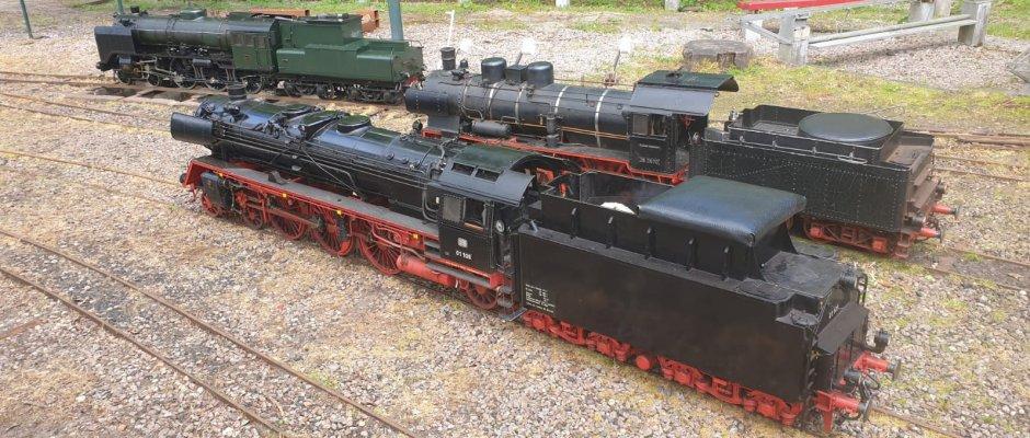 Locomotieven op het rangeerterrein van station Nienoord